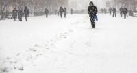 Ураган оставил без крыш школы Алматы