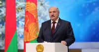 Лукашенко вручил директору филиала МТРК «Мир» в Беларуси Орден Франциска Скорины