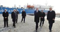 Ильхам Алиев открыл терминал в новом Бакинском торговом порту