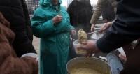В мороз на улице: кто помогает бездомным в Молдове