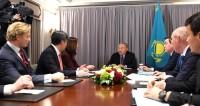 Назарбаев обсудил с бизнесменами США инвестиции и нефтедобычу