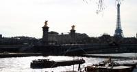 Париж под водой: музеи спасают экспонаты