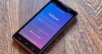 Instagram дорос до стикеров в формате GIF