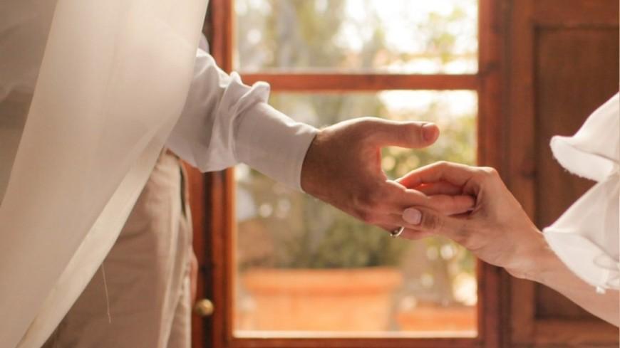 Актеры из «Игры престолов» Кит Харингтон и Роуз Лесли поженились