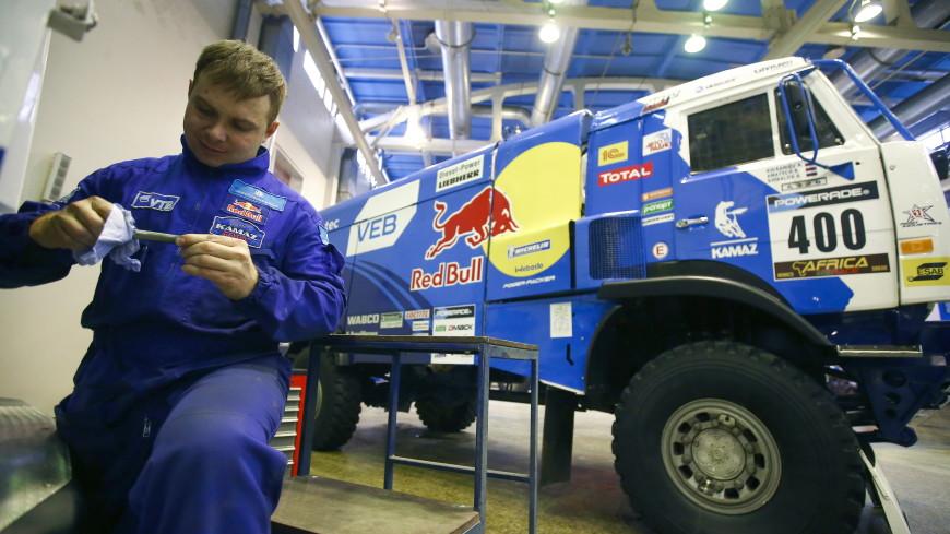 Шестой этап «Дакара»: экипаж Николаева сохранил лидерство в общем зачете