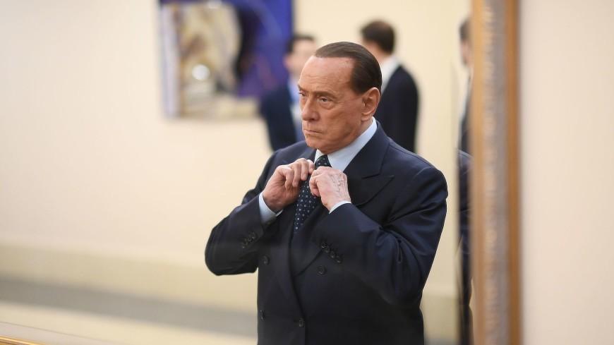 Дарите женщинам цветы: Берлускони поддержал Катрин Денев и мужчин-ухажеров