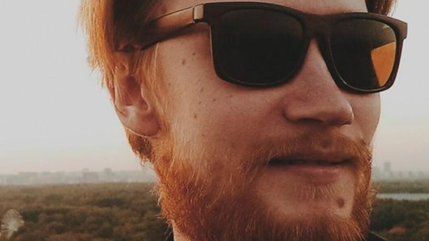 """Фото: Елизавета Шагалова, """"«МИР 24»"""":http://mir24.tv/, мода, борода, усы, мужчина, солнечные очки"""