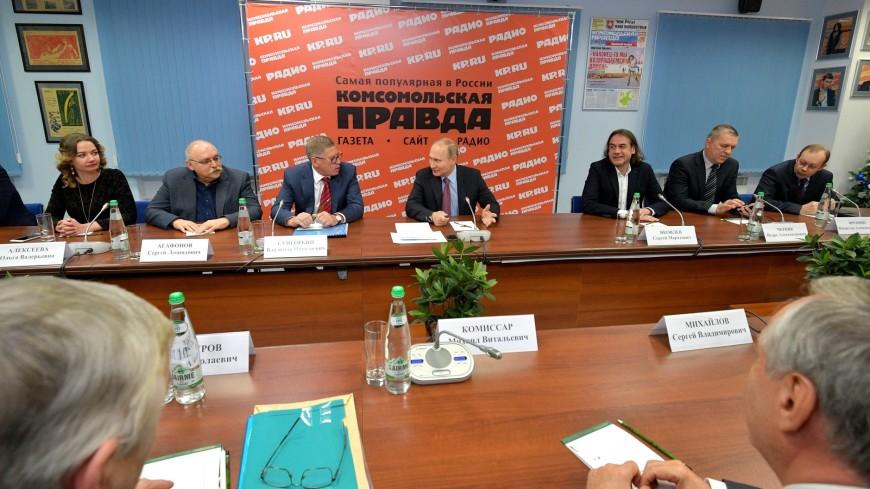 Путина за границу «не тянет», но отдых Порошенко на Мальдивах он не осуждает