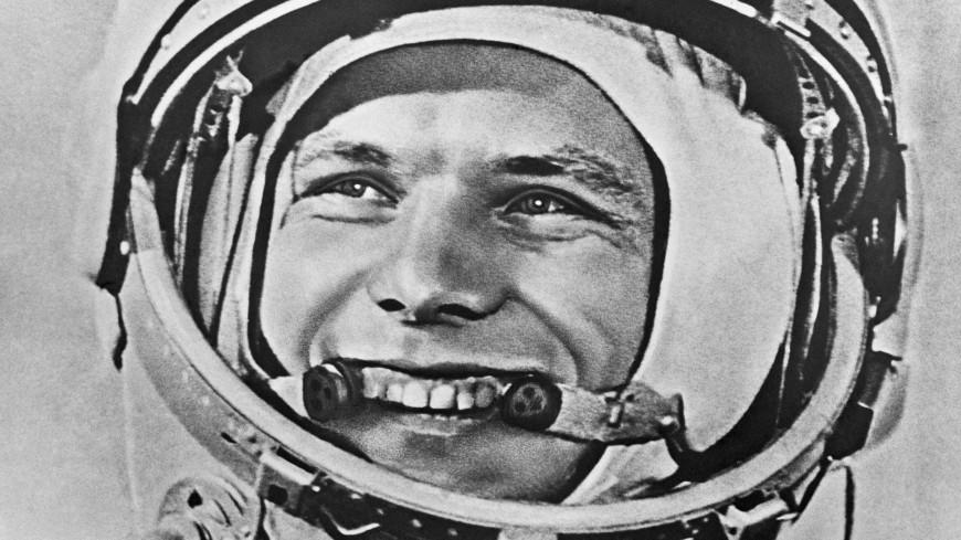 Россияне назвали своими кумирами Гагарина, Высоцкого и Жукова