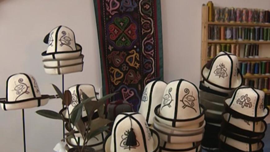 Национальная гордость: ак-калпак в Кыргызстане приравняют к символам страны
