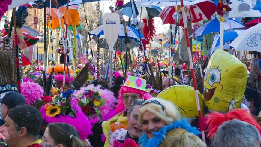 Участников карнавала в Венеции подсчитают лазерными датчиками