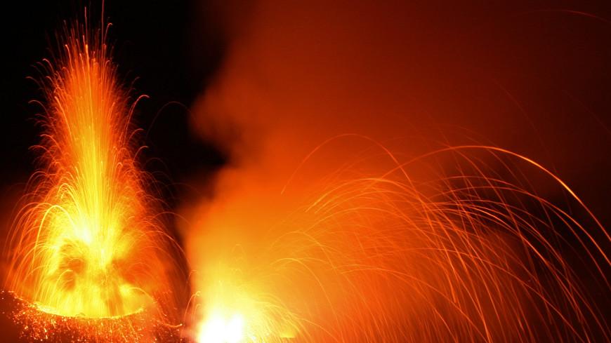 Огненное кольцо: в 2018 году могут начать извергаться шесть вулканов