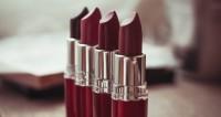 """Фото: Марина Дыкун (МТРК «Мир») """"«Мир 24»"""":http://mir24.tv/, тени, косметика, макияж, стилист, визажист, помада, кисти, кисти для макияжа, зеркало, пудра, красота"""