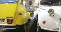 В Париже прошел парад старинных автомобилей и мотоциклов