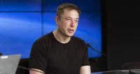 Илон Маск пожаловался на тяжелую работу и короткий отпуск