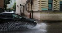 Московские дожди,дождь, ливень, лужа, зонт, гроза, погода,