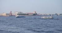 "Фото: Марина Дыкун (МТРК «Мир») ""«Мир 24»"":http://mir24.tv/, теплоход на реке, санкт-петербург, питер, корабль, судно, лодка, теплоход, пассажирский теплоход"