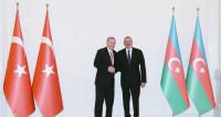 Во время визита в Баку Эрдоган возложил венок к могиле Алиева