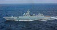 «Иван Хурс» и «Адмирал Горшков»: корабли выстроились на Неве под восторг зрителей
