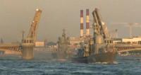 Рассвет на Неве: моряки провели первую репетицию к Дню ВМФ