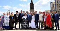 Юбилей Астаны: в столице открыли сквер с памятником герою ВОВ