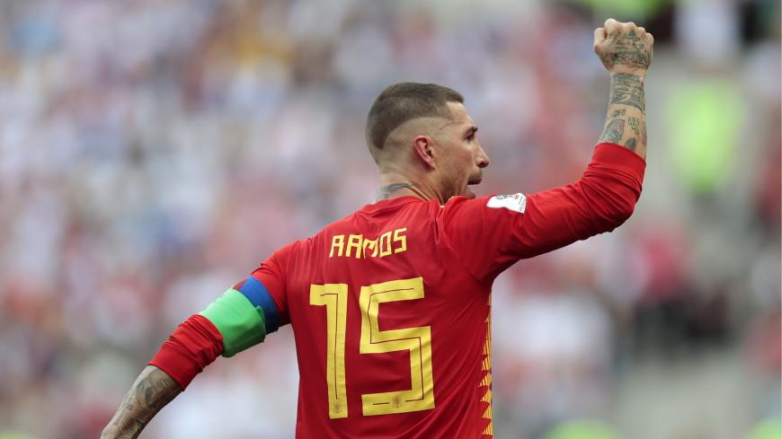 Испания открыла счет в матче против сборной России