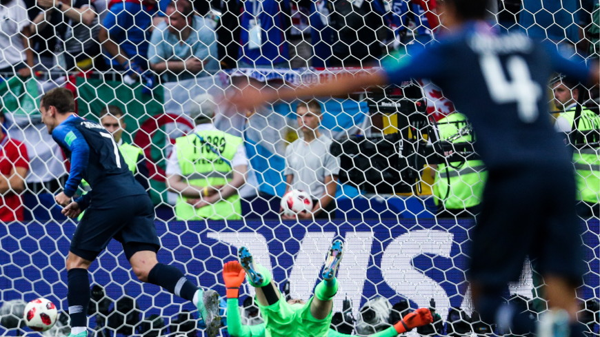 Франция забила третий гол хорватам в финале ЧМ по футболу