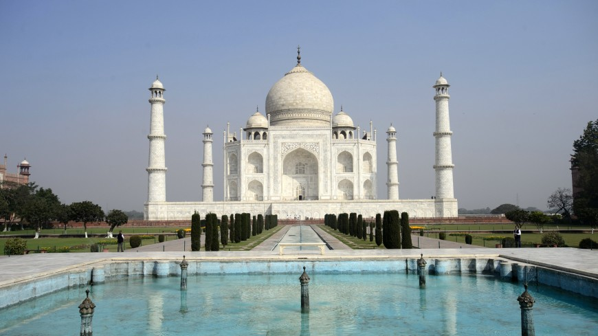 Индийские судьи пригрозили снести Тадж-Махал