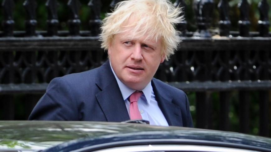 Борис Джонсон не стал извиняться за сравнение мусульманок с грабителями банков