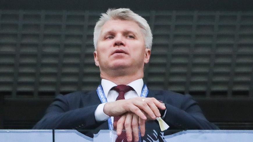 Колобков поблагодарил футболистов России за праздник и победу