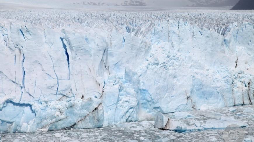 От Гренландии откололся 6,5-километровый айсберг