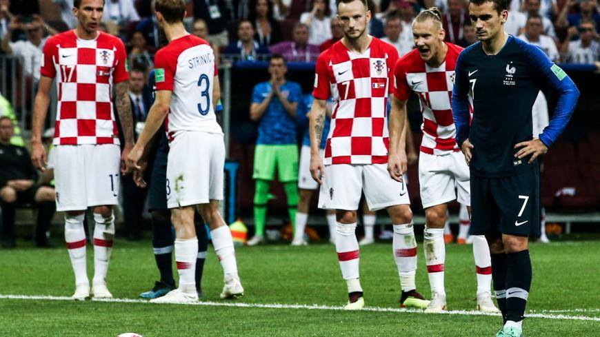 Франция забила с пенальти в финале ЧМ – 2:1