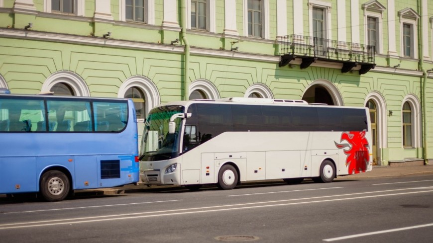 "Фото: Марина Дыкун (МТРК «Мир») ""«Мир 24»"":http://mir24.tv/, экскурсионный автобус, санкт-петербург, питер, экскурсия, туризм, турист, автобус"