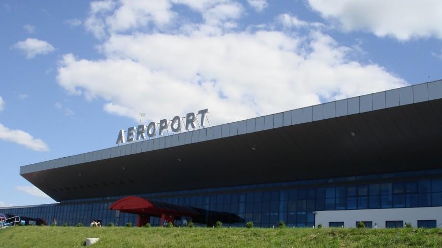 Пассажиры пораженного молнией самолета застряли в Кишиневе