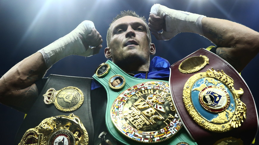 Усик победил Гассиева и стал чемпионом WBSS