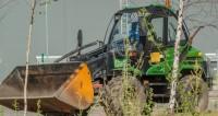 Трудовые династии: детям Беларуси показали чудеса на тракторах