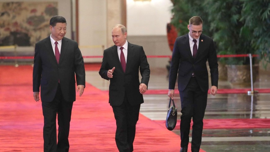 С Председателем КНР Си Цзиньпином.