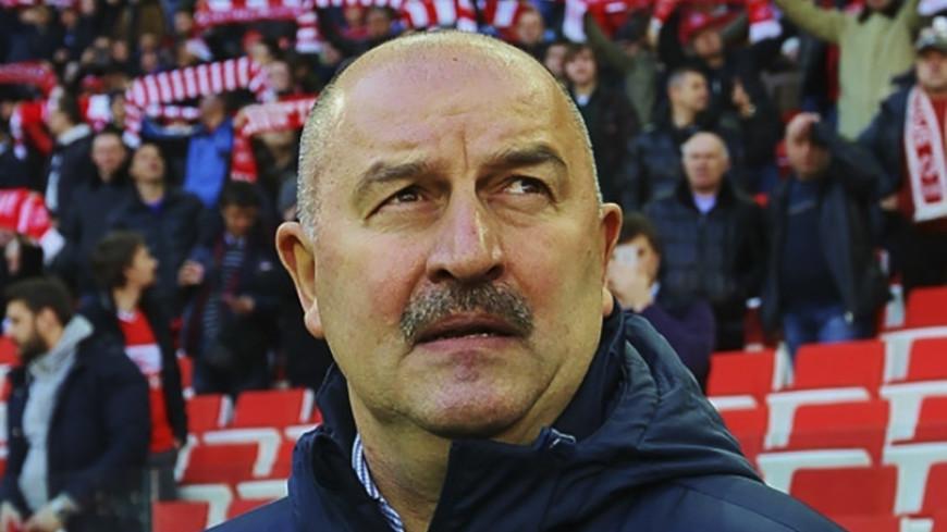 Черчесов: Россия понимает, в какой футбол играет команда Испании
