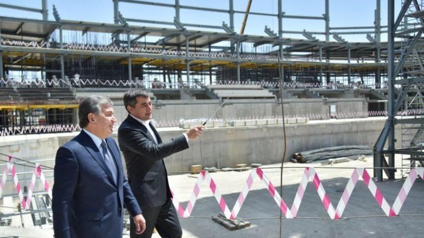 Мирзиеев осмотрел строительство спортивного комплекса «Хумо Арена»