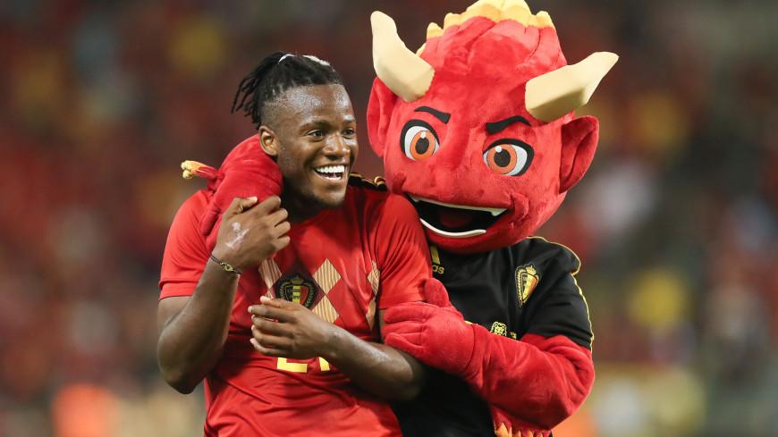 Бельгийских футболистов в Россию провожал плюшевый «дьявол»