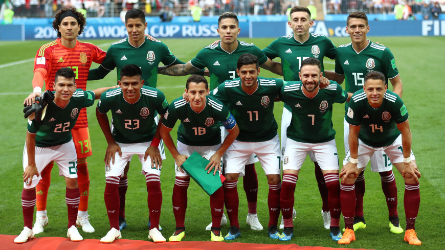 Пожилая мексиканка благословила через телевизор каждого игрока сборной