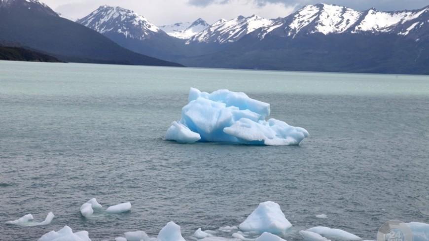 Антарктические льды тают с рекордной скоростью