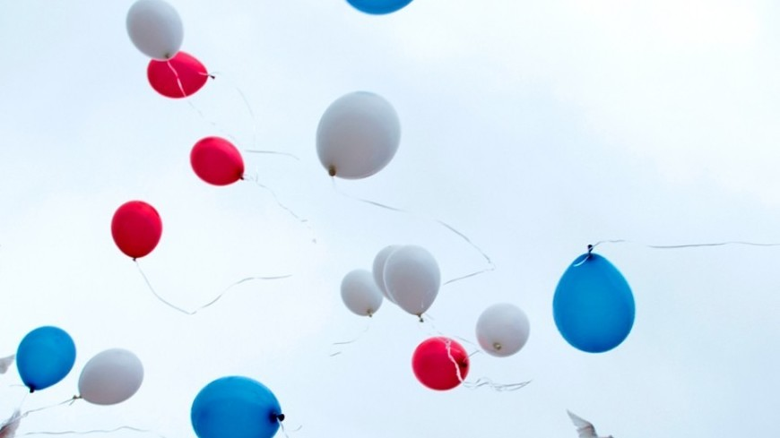Запущенные выпускниками шарики обесточили часть Якутска