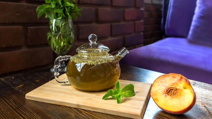 "Фото: Татьяна Константинова (МТРК «Мир») ""«Мир 24»"":http://mir24.tv/, мята, еда, кухня, чай, чайник, заварка, заварочный чайник, зеленый чай, нектарин"