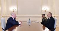 Ильхам Алиев обсудил с министром обороны Грузии сотрудничество