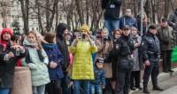 Нижегородцы выстроились во фразу «С 8 Марта» и установили рекорд