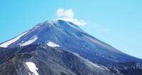 В Индонезии десятки людей отравились вулканическим газом