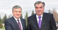 Мирзиеев пригласил Рахмона в Узбекистан с ответным визитом