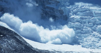 В Приэльбрусье сошли 12 лавин: чудом обошлось без жертв