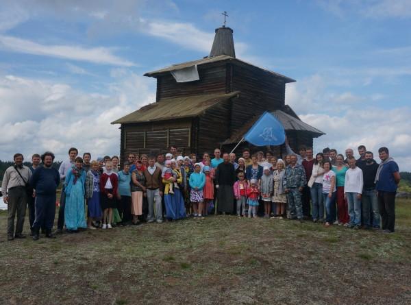 Как восстанавливают полуразрушенные храмы России